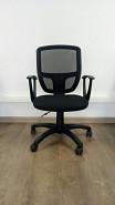 Офисный стол, кресло, тумбочка. Алматы