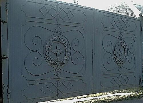 Кованые распашные ворота Алматы