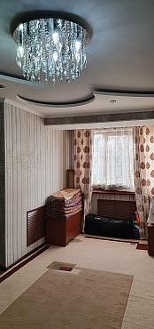 Продается трехкомнатная квартира Шымкент