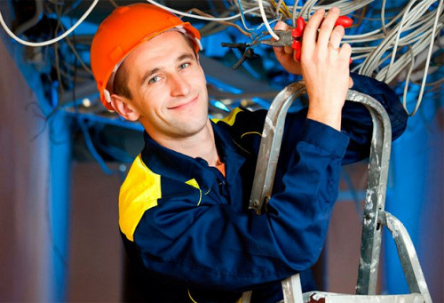 Требуются электромонтажники Алматы