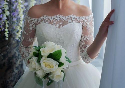 Продаю свадебное платье Темиртау