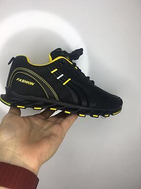 Кросовки черные с желтым подкладом Темиртау