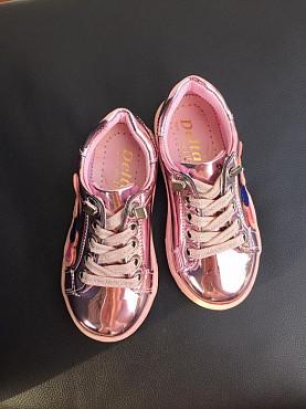 Детские кроссовки, детская обувь Алматы