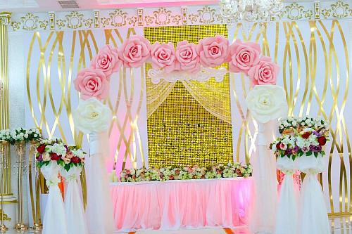 Торжественная свадебная арка Актобе