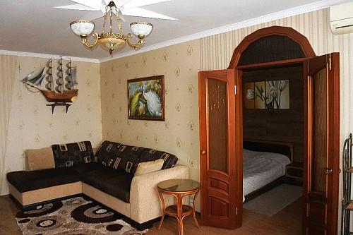 Весьма уютная квартира нуждается в порядочном и аккуратном постояльце. Экибастуз