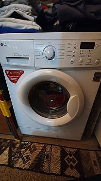 Продам стиральную машину LG в отличном состоянии Нур-Султан