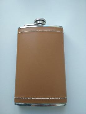 Фляжка 90мл обтянута кожей цвета виски. Нур-Султан