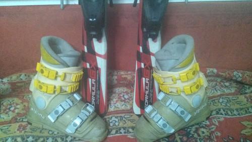 Детские горные лыжи, ботинки и палки (комплект): Алматы