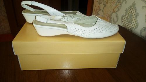 Летняя обувь белого цвета Кызылорда
