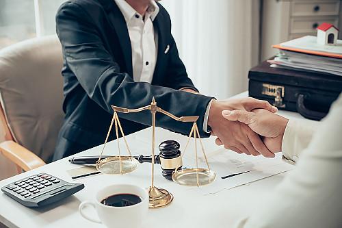 Правовая помощь от неправомерных действии и бездействии любых органов и организации Караганда