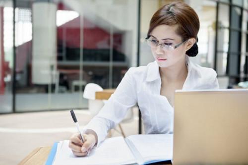 Менеджер по работе с клиентами. Алматы