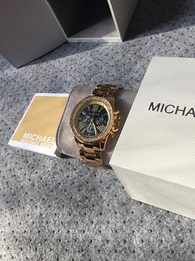 Отличный подарок (часы) для девушки! Алматы