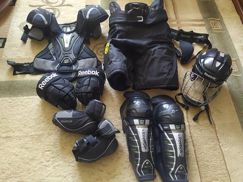 Хоккейная защита взрослая Алматы