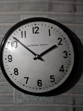 Уличные ретро часы в рабочем состоянии Усть-Каменогорск