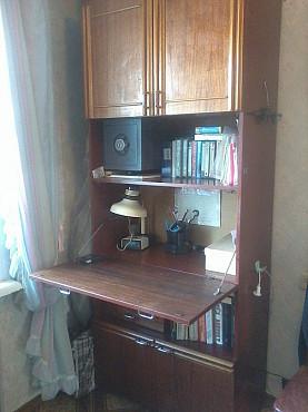Продаем шкаф-секретер УЧЕНИЧЕСКИЙ высокий с выдвигающимся столом Усть-Каменогорск