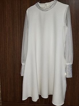 Продается платье. Новое с этикеткой. 44 размер. Цена 15000 тенге Шымкент