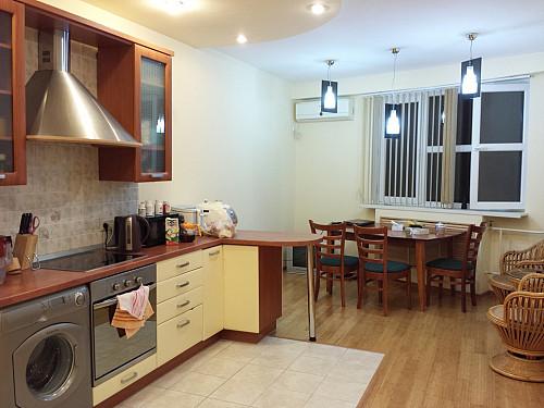 2-комнатная квартира, 98 м² Актау