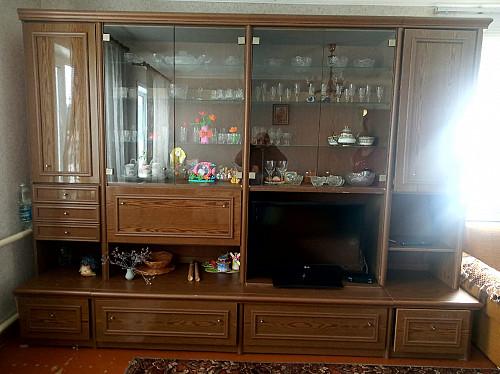Продам стенку мебельную б/у Рудный