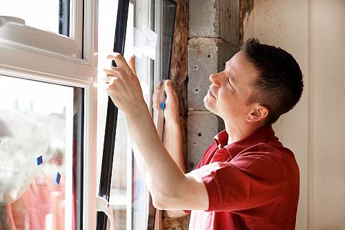 Замена стеклопакета на окне или двери ПВХ Караганда