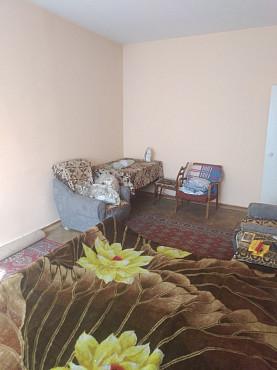 Продам однокомнатную квартиру с большой кухней в районе пересечения улиц Кабдолова и Утеген батыра. Алматы