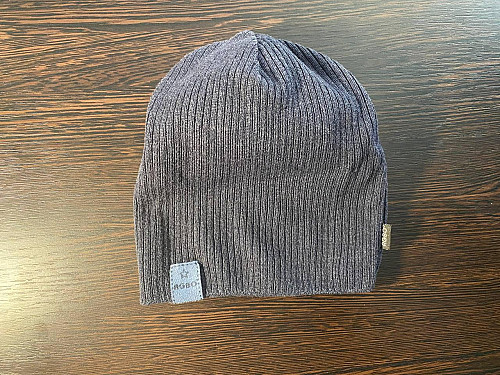 Продается легкая шапка, фирмы Agbo. Нур-Султан