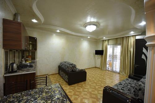 Аренда 2 ком квартиры в Батуми около моря.Экскурсии, трансфер!!! Алматы