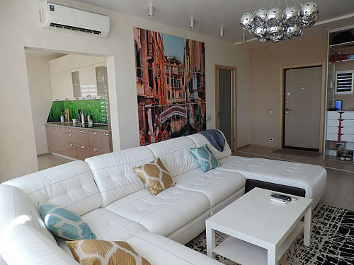 Продаю 2-комнатную квартиру Нур-Султан