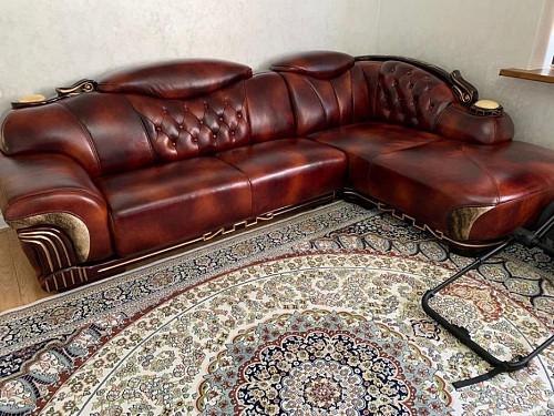 Большой угловой кожаный диван Алматы