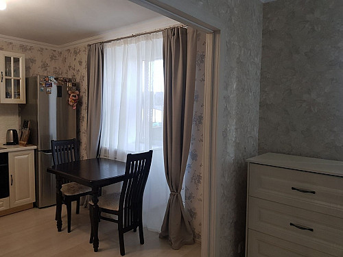 Продается однокомнатная квартира с мебелью Атырау