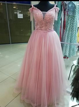 Шикарное новое платье Нур-Султан