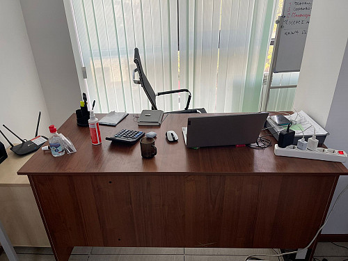 Продам офисные столы Алматы