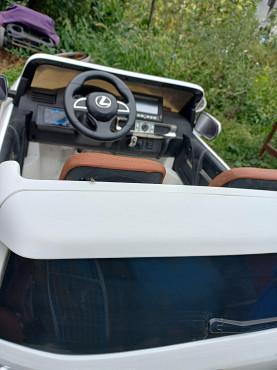 срочно продам детский электромобиль Усть-Каменогорск
