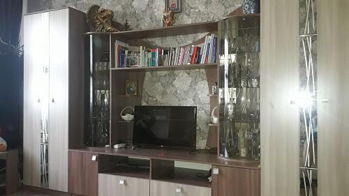 Продам:стенку,комод,столик. Боралдай (Бурундай)