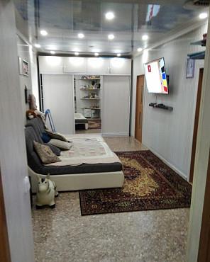 Продам дом с магазином Шахтинск