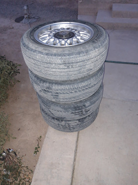 Продам комплект шины с дисками на Ауди 80В4 размер 15 Туркестан