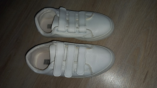 продаётся женские обуви в отличном состоянии Актау
