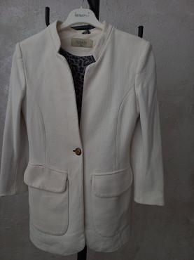 продаётся женские костюмы Актау