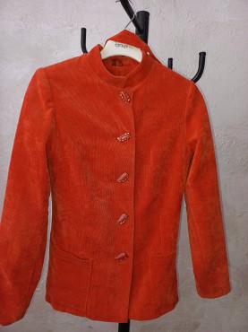продаётся женские тёплые костюмы Актау
