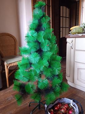 Ёлка новогодняя с игрушками продаем Алматы