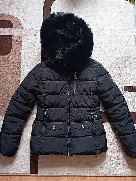 куртка зимняя 4000тг размер 42-44-46 Усть-Каменогорск