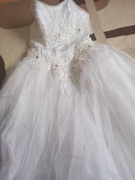 свадебное платье 25000тг, р-р 44-46-48 Усть-Каменогорск