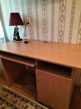 продам письменный стол 18000 тенге Актау