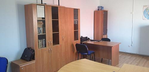 Продается различная офисная мебель Актау