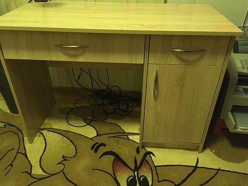 Письменный стол продаётся Алматы