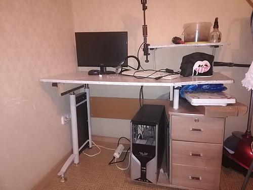Продам компьютерный стол Алматы