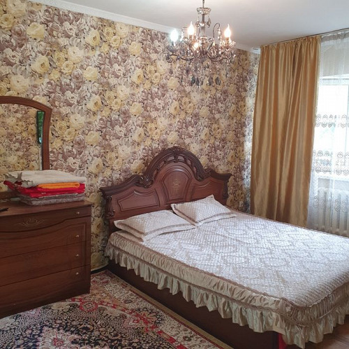 Сдам посуточно и почасовую 2х комнатную в центре Талдыкорган