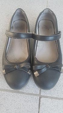 Продам туфли на девочку Карагайлы