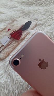 Продам iPhone7 rose gold Семей